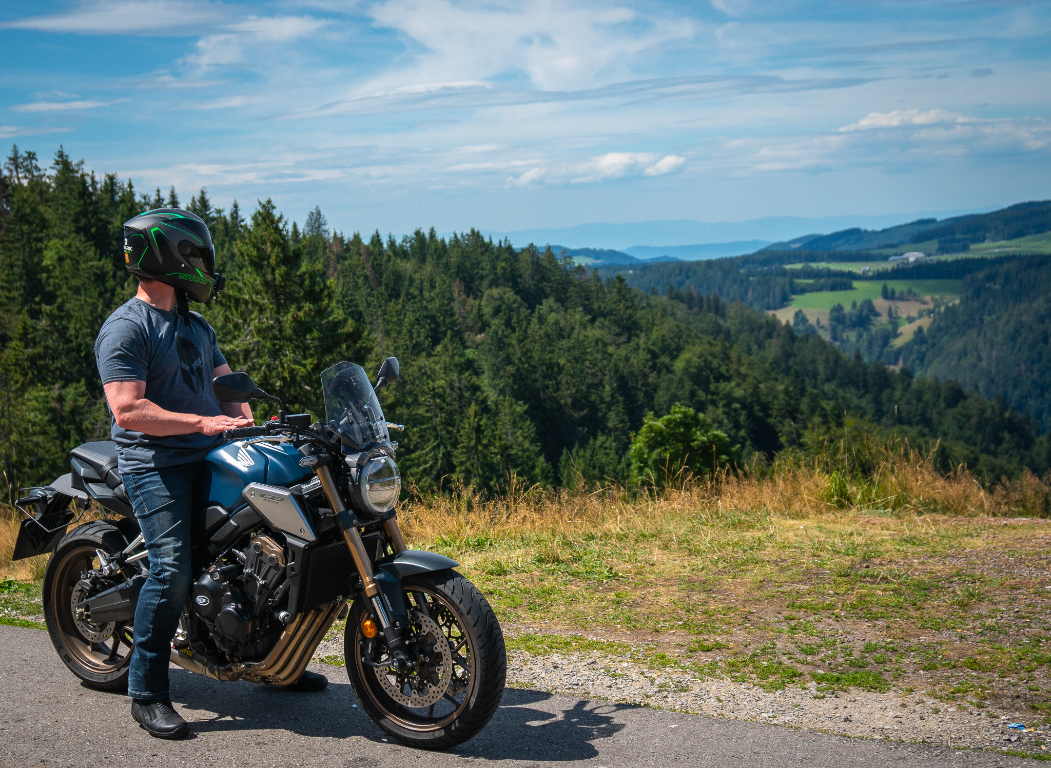 CB650R Black Forest